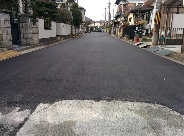 高砂市梅井3丁目道路舗装2日目 (1)