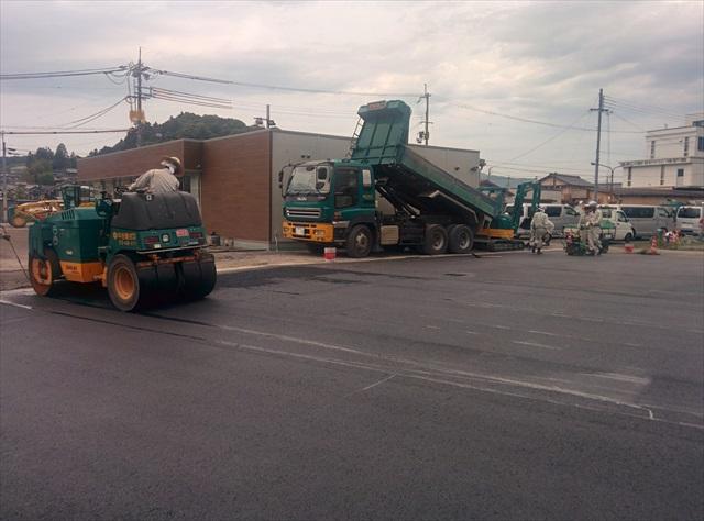 加東市コンビニ駐車場舗装1日目 (6)