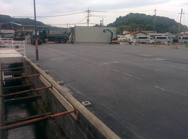 加東市コンビニ駐車場舗装1日目 (4)
