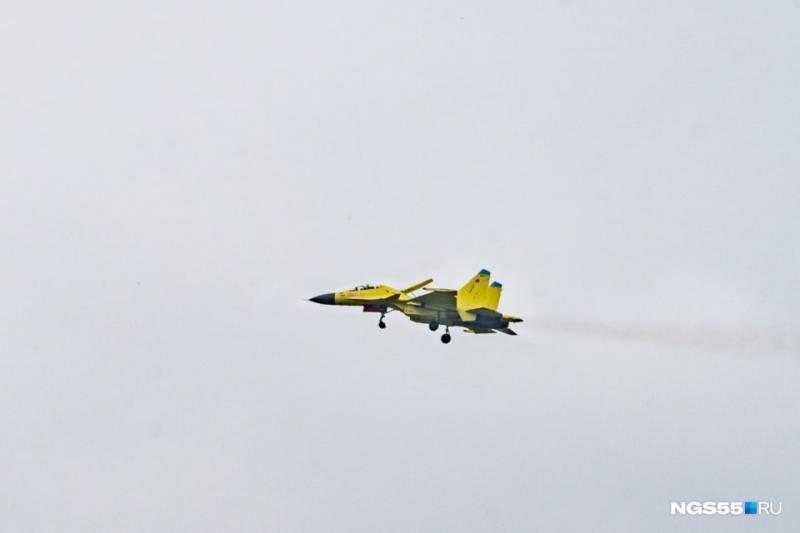 Представлен качественный снимок опытного модернизированного истребителя Су-30СМ