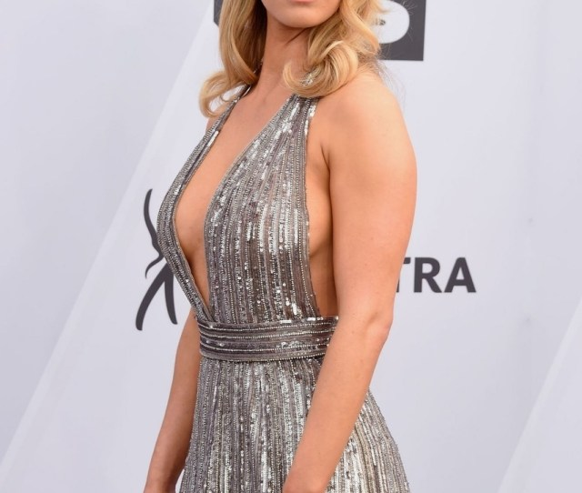 Betty Gilpin Sexy At Th Annual Screen Actors Guild Awards