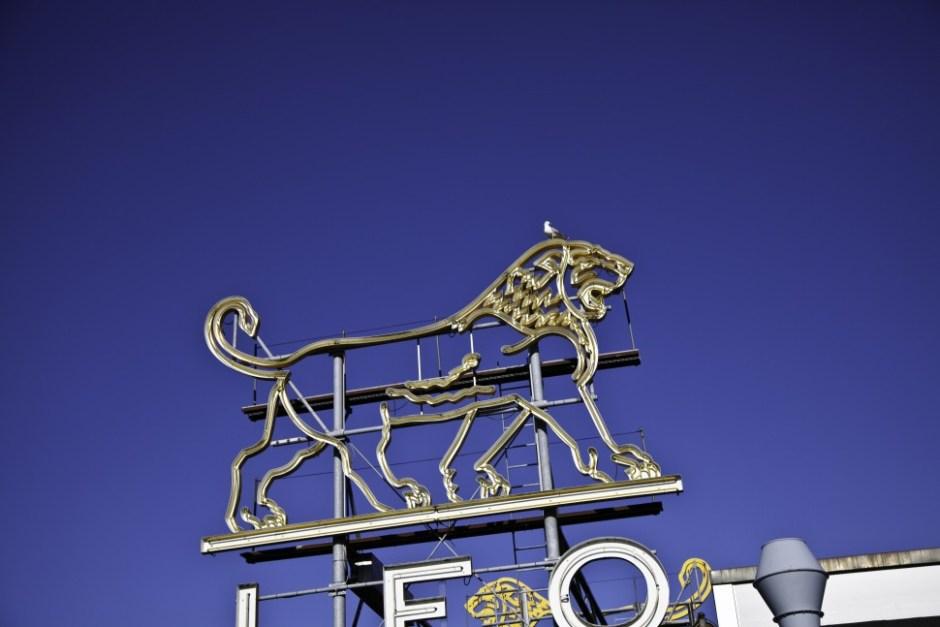 레오 파마 덴마크 본사 건물에 설치된 로고 (출처: 레오 파마 웹사이트)
