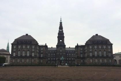 덴마크 국회의사당, 총리실, 대법원으로 쓰는 옛 성 크리스티안스보르(촬영: 안상욱)