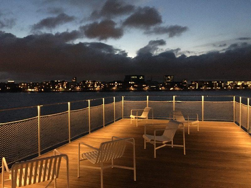 어반 리거 옥상 전망대에서 본 코펜하겐 시내 야경 (Urban Rigger 제공)
