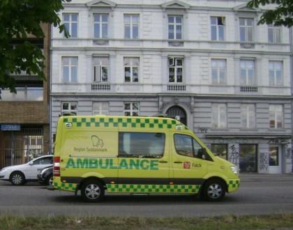 팔크가 덴마크 남부광역지방()에서 운행하는 구급차(출처: 위키미디어커먼즈 CC PD Albert Jankowski)