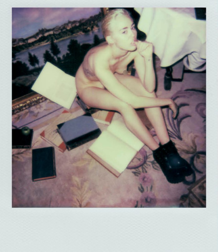 640_miley_cyrus_polaroid_books