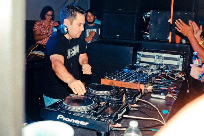 DEEP END PARTY - ART OF SOUND - DOC MARTIN - 10.24.2015 -3366