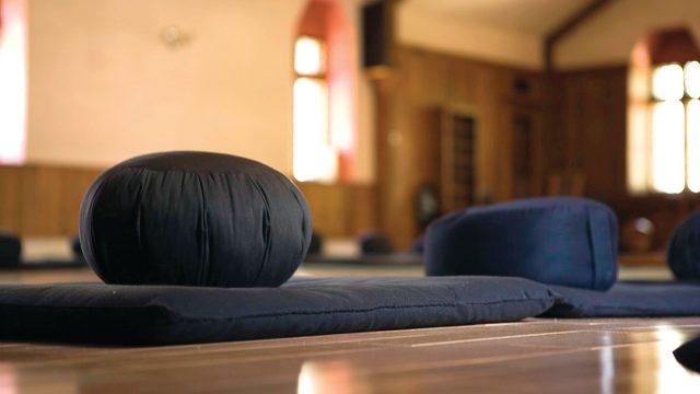 meditation-cushion