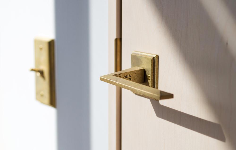 Matureware_Brass_Nalata_A_Closer_Look_Door_Lever_Handle