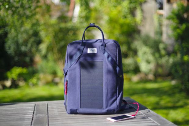 sac solaire uve charge packshot FACE jetpak01