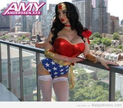 Amy Anderssen, una divina Wonder Woman