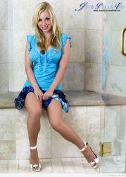 Adoro la sonrisa de Jenny Poussin