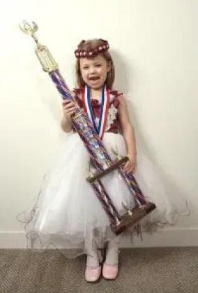 Nama Bayi Perempuan Yang Artinya Juara