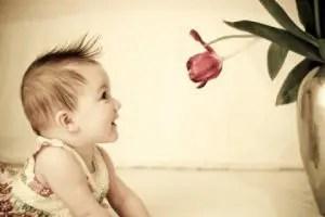 84 Nama Bayi Perempuan Yang Artinya Menarik