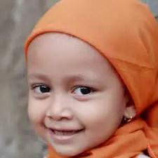 Nama Bayi Perempuan: Rangkaian dan Arti Nama Henna