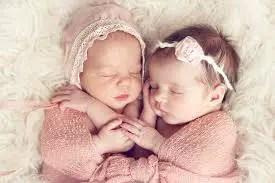 Nama Bayi Perempuan: Rangkaian dan Arti Nama Anza