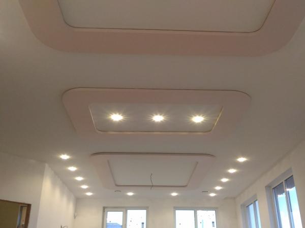 Įleidžiamų šviestuvų montavimo galimybės