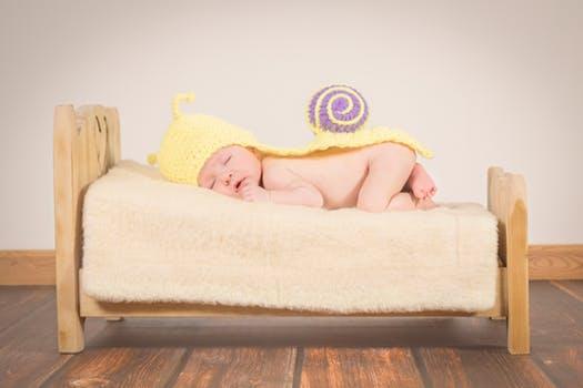 19 Pilihan Nama Untuk Bayi yang Lahir di Bulan Maret