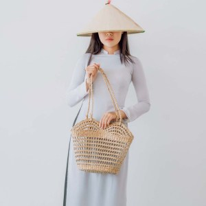 NA-vintage-handcrafted-woven-seagrass-bag