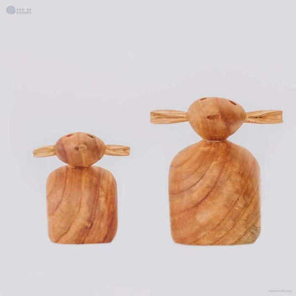 NA-shaun-wooden-sheep-figurine-crafts-and-gifts-home-decor-wooden-animal-figurines