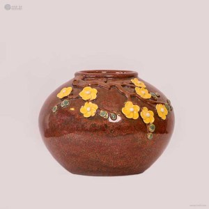 NA-roundbody-embossed-vase-with-apricot-blossom-pattern