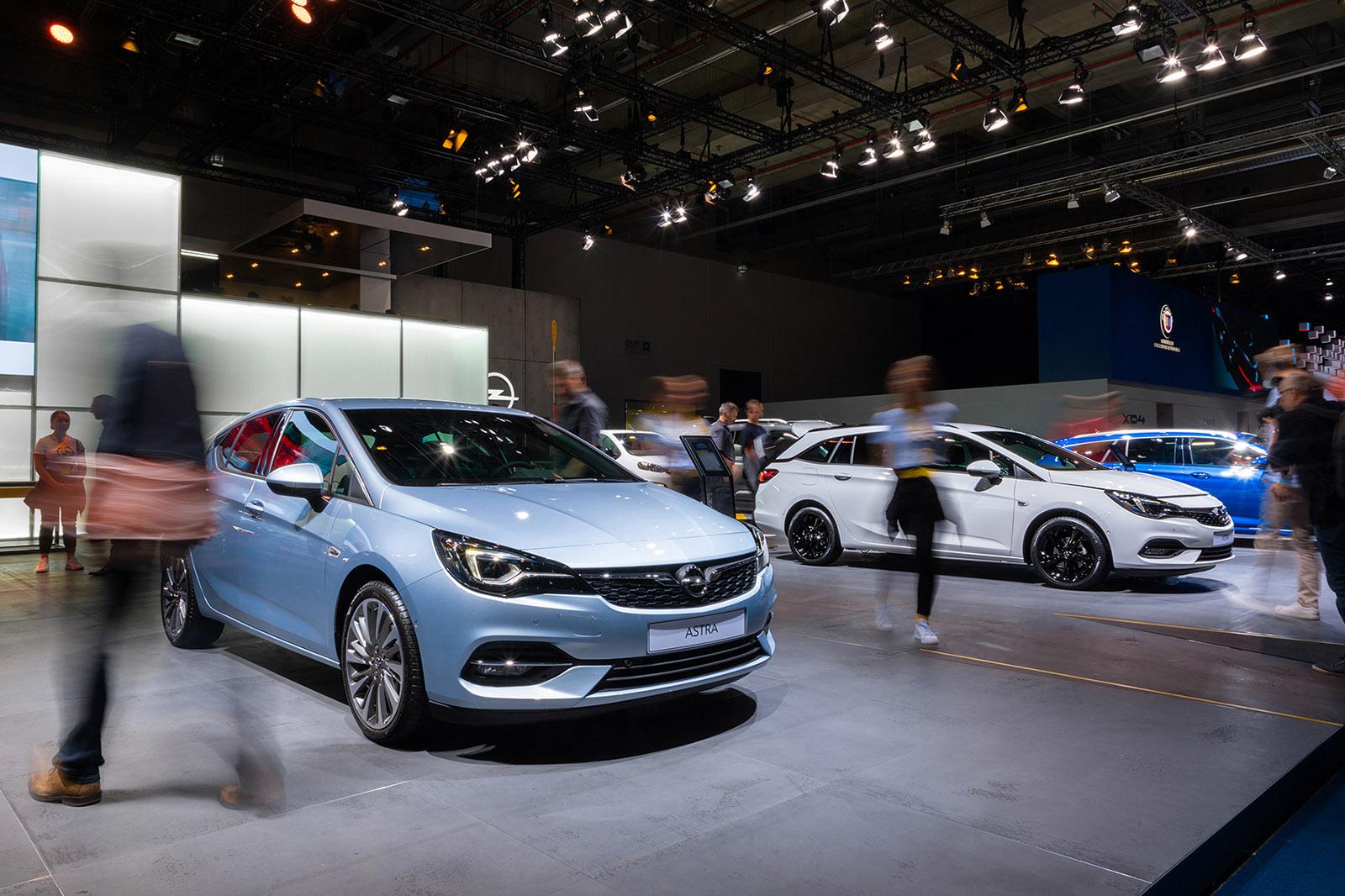 2020 Opel Astra Namaste Car