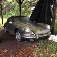 1967 Porsche 911S classic is an ultimate barn find sportscar