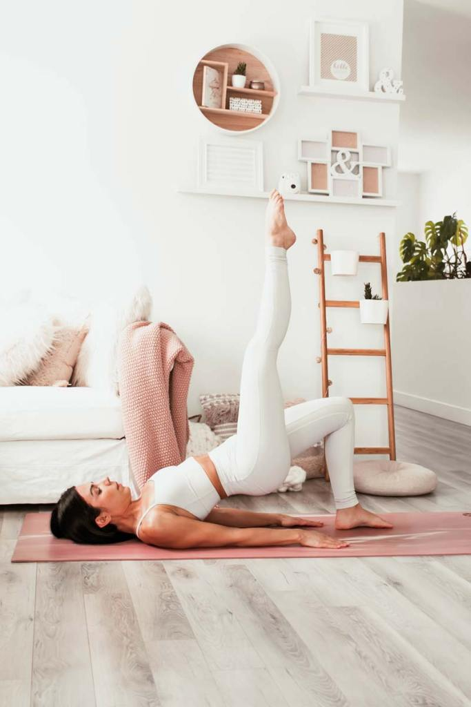 Routine de yoga pour corriger l'antéversion du bassin