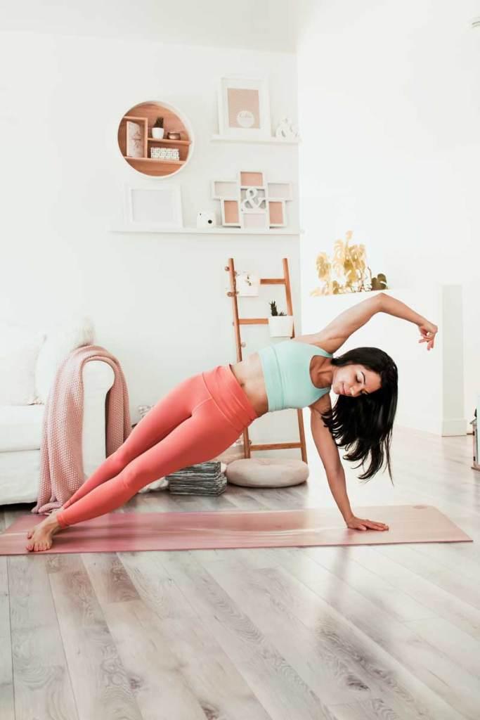Routine de yoga pour la mobilité des épaules | Namasté & Coco Latté