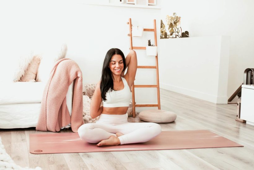 Routine de yoga pour soulager la nuque et les douleurs cervicales | Namasté & Coco Latté