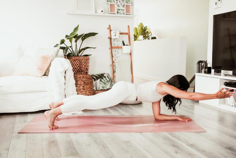 Routine de yoga | Tonifier les bras: adieu gras de bye bye! | Namasté & Coco Latté