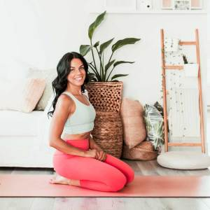 Yoga actif pour muscler abdos et fessiers | Namasté & Coco Latté