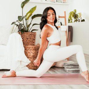 Routine de yoga pour la mobilité des hanches   Namasté & Coco Latté