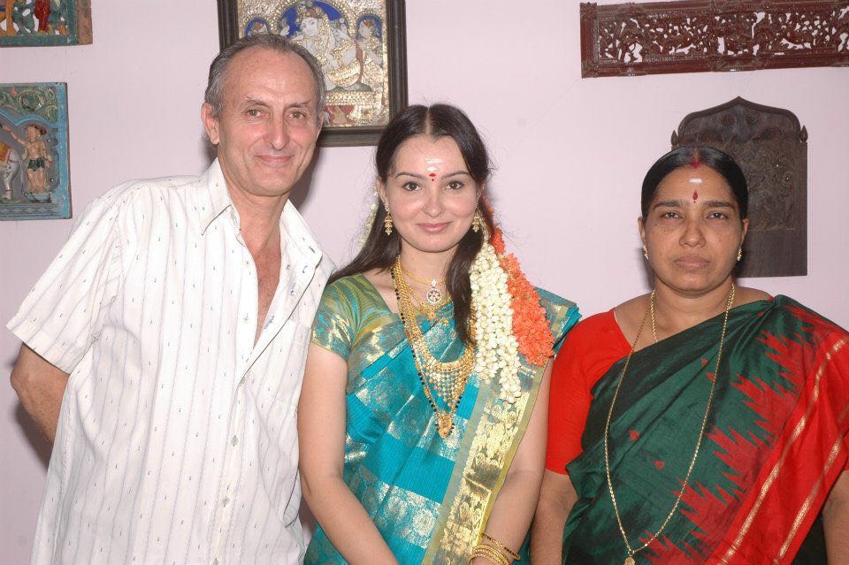 Photo of Ajantha with her parents
