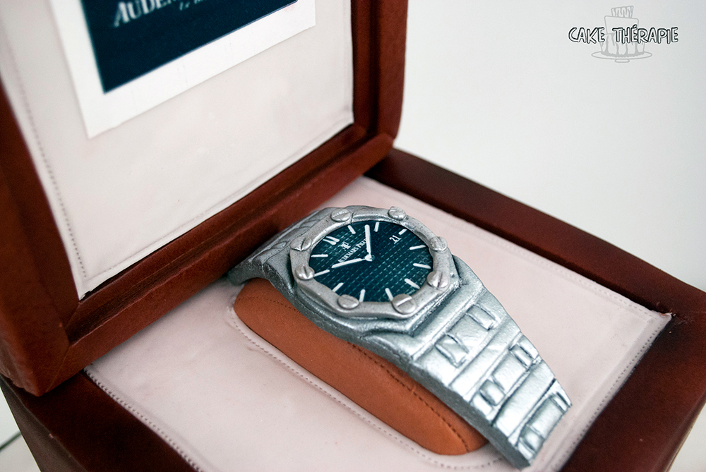 Customized watch cake
