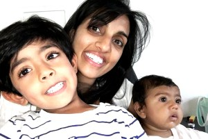 Photo of Smriti Kapoor with Ayaan and Niya