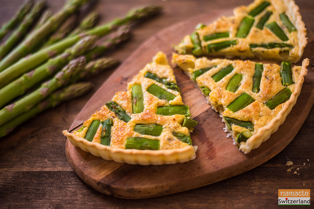 Photo of sliced Asparagus quiche