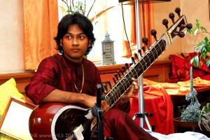 Photo of Sitar player, Rohan Dasgupta