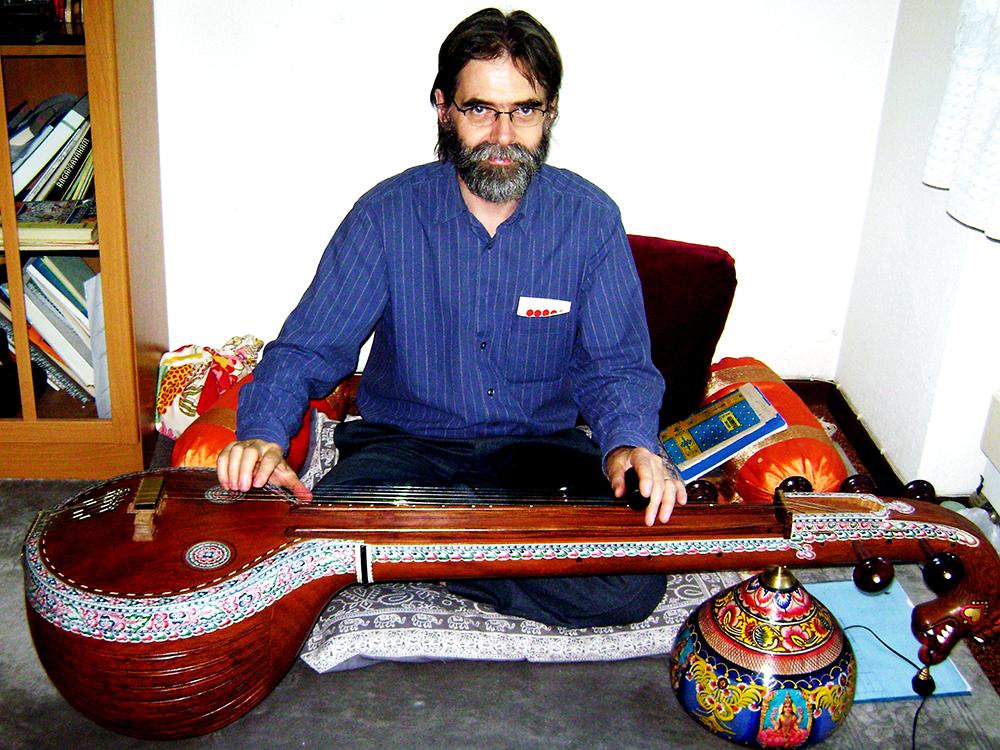 Photo of Anton Tonz with Gotuvadyam