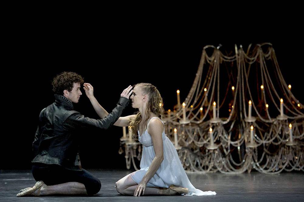 Photograph of Christian Spuck's Romeo & Juliet at Zurich