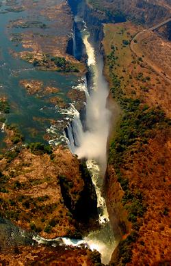 Victoria Falls z helikoptéry