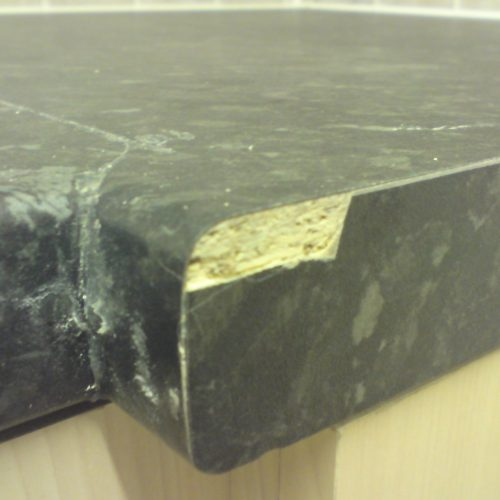 DAMAGED WORKTOP REPAIR CHIP SCRATCH DENT PAN BURN WATER DAMAGE REPAIR