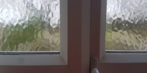 UPVC PLASTIC WINDOW FRAME SCREW HOLE SCRATCH CHIP DENT BURN REPAIR REFURBISHMENT LAND LORD MAINTENANCE SERVICE 2