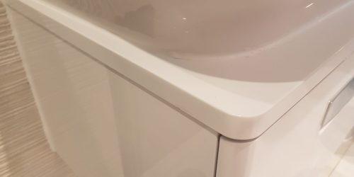 GLOSS BATHROOM VANITY UNIT CHIP DAMAGE REPAIR 1