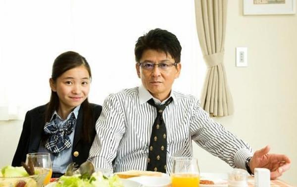 福地桃子は哀川翔の実子次女!過去にドラマで共演していた!?