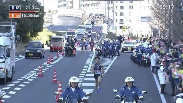 箱根駅伝にアンパンマン号が出現!運転手の顔が特定!!それを見たネットの声