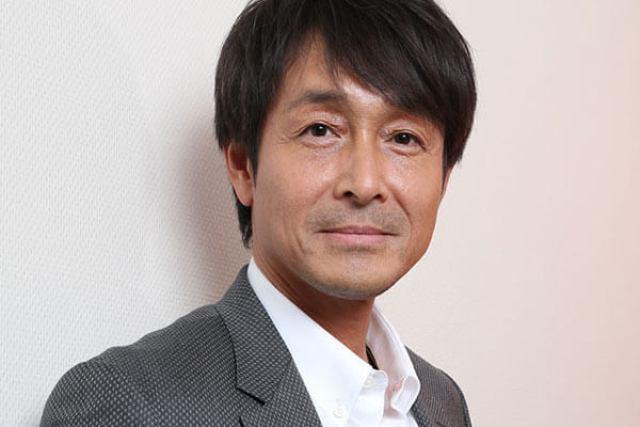 吉田栄作現在は内山理名と熱愛関係にネットの声