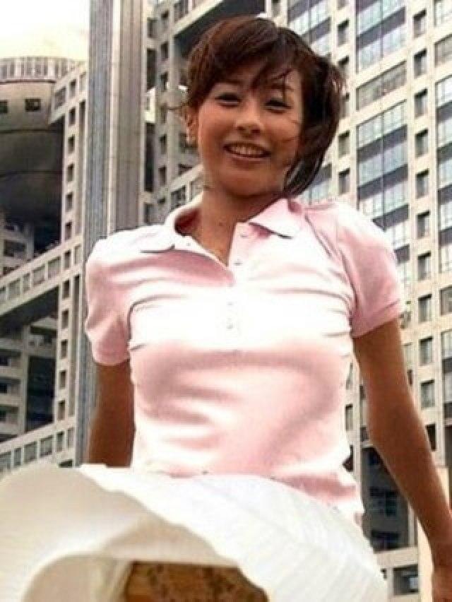 加藤綾子の水着&下着画像を集めてみました。すっぴん画像も。。