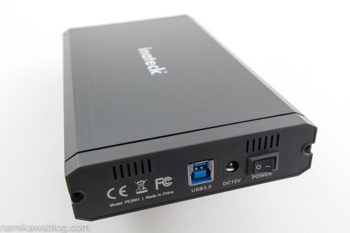 Inateck 2.5/3.5インチ USB3.0 HDD外付けケースの本体側面