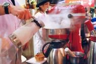 Preparación de helados con nitrógeno, por GuiLab / Ice creams made with liquid nitrogen, by GuiLab